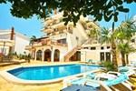 Отель Small Hotel Kleopatra