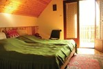 Апартаменты Holiday home Lepke Utca-Leanyfalu