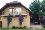 Гостевой дом Pensiunea Soare si Luna