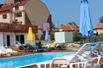 Отель Sunny Village Complex