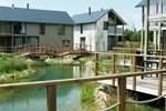 Вилла Domaine Golden Lakes Village II