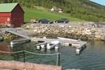 Апартаменты Holiday home Vågstranda Hjelvik II