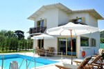 Отель Casa Smaragdi Villas