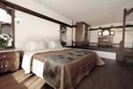 Отель Apolis Beachscape Hotel