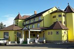 Отель Holdfény Hotel