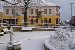 Отель Hotel Konsul