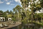 Отель The Ubud Village Resort & Spa