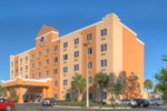 Отель Comfort Suites Near Raymond James Stadium