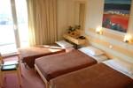 Отель Amalia