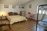 Апартаменты Holiday home Vieille Route d Grasse La Clue