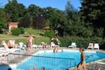 Отель Camping Le Hameau Du Petit Lay
