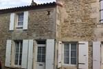 Апартаменты Maison à Breuil Magné