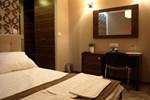 Отель Hotel Kamiza