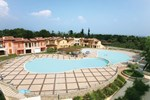 Отель Manerba Del Garda Resort