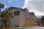 Отель Microtel Inn & Suites by Wyndham Tallahassee