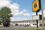 Super 8 Motel - Escanaba