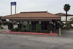 Отель Howard Johnson Express Inn - Claremont