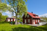Отель Sweeds Holiday Homes Loftahammar
