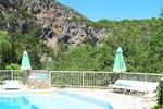 Отель Hôtel Restaurant des Grottes