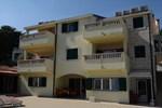 Апартаменты Apartments Ino Postira