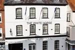 Отель Silks Hotels - The White Horse