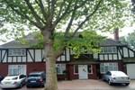 Мини-отель Flexistay Sutton Aparthotel