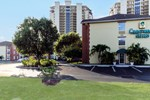 Отель Crestwood Suites - Fort Myers