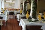 Отель Bedarra Beach Inn