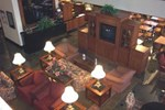 Отель Drury Inn & Suites St. Louis Southwest
