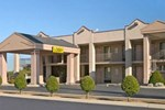 Отель Super 8 Motel - Clarksville Gov SQ Mall Area