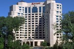 Отель Fairview Park Marriott