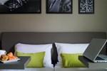 Park & Suites Le Bourget Blanc Mesnil