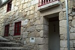 Отель Casas Da Ribeira