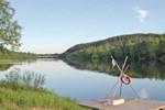 Апартаменты Holiday home Värnäs Stugby - Camp Stöllet II