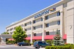 Отель Baymont Inn & Suites Flint