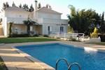 Гостевой дом Quinta Da Moura - Casa De Campo