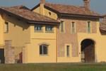 Отель Agriturismo Cascina Pezzolo