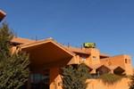 Отель Hotel Puerta De Sahagun