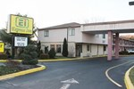 Отель Express Inn