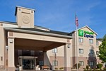 Отель Holiday Inn Express PORTAGE