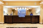 Отель Holiday Inn Express Hotel & Suites Crestview