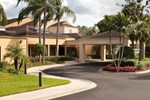 Отель Courtyard Fort Myers Cape Coral