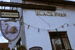 Отель The Black Swan