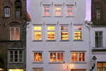 Отель Hotel & Weinstube Haase