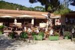 Отель Villaggio Camping Calapineta