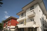 Отель Hotel Luciana