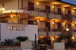 Отель Hotel La Loggia