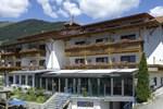Отель Hotel Waldrast