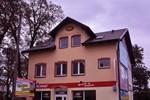 Отель Pokoje Pod Kasztanem