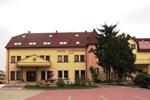 Отель Hotel Wiśniewski